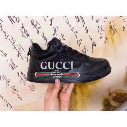 حذاء جوتشي